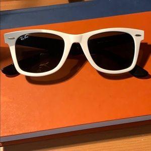 Rayban Wayferer Sunglasses
